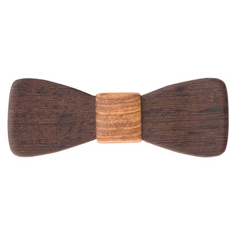 elegantní dřevěný motýlek